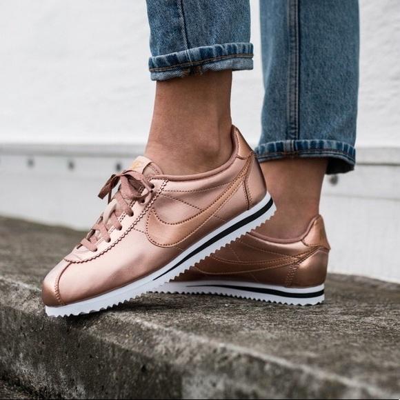 online retailer ce7e4 bab98 Nike Cortez SE Bronze